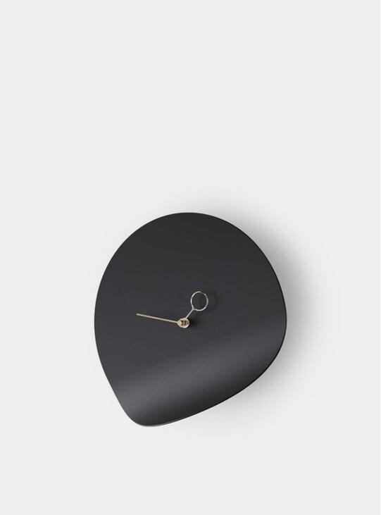 Black Curvo Wall Clock