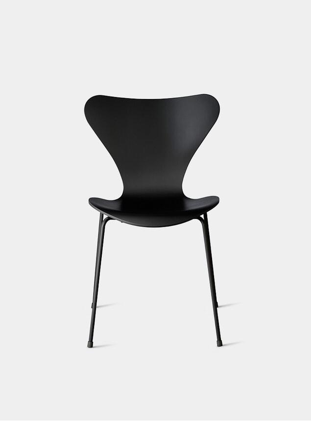 Black Series 7 Chair