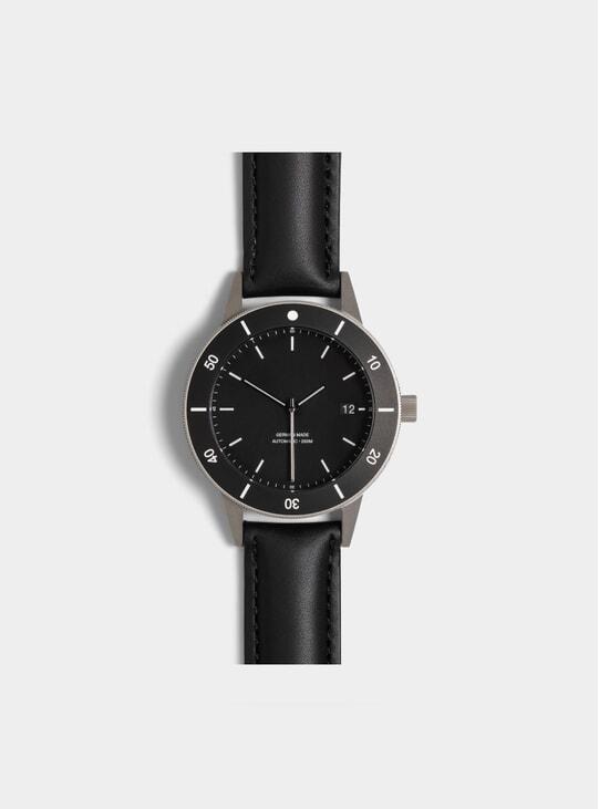 Black Bezel D Series Watch