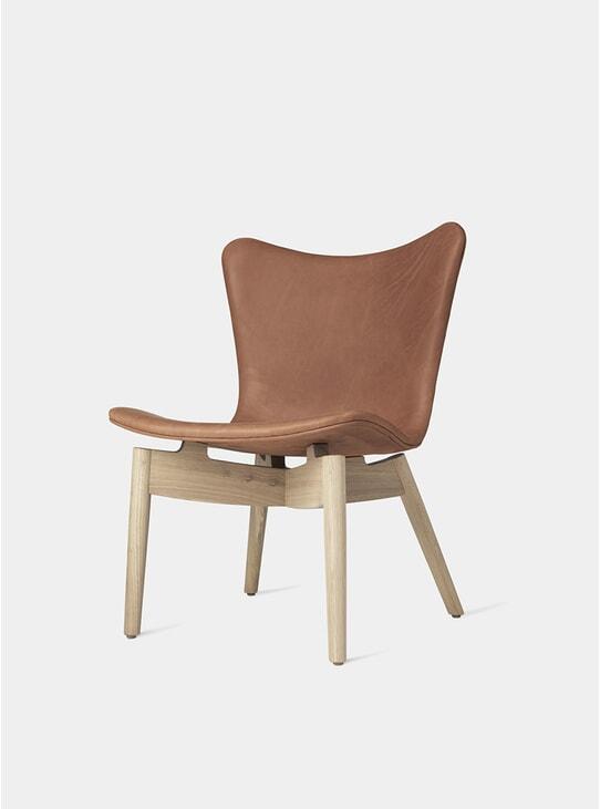Matt Lacquered Oak / Ultra Brandy Shell Lounge Chair