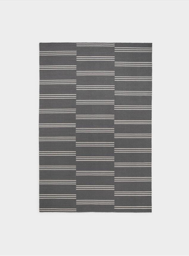 Grey / Cream Stripes Rug