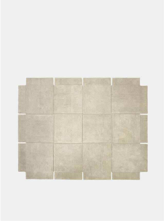 Medium Beige Basket Rug