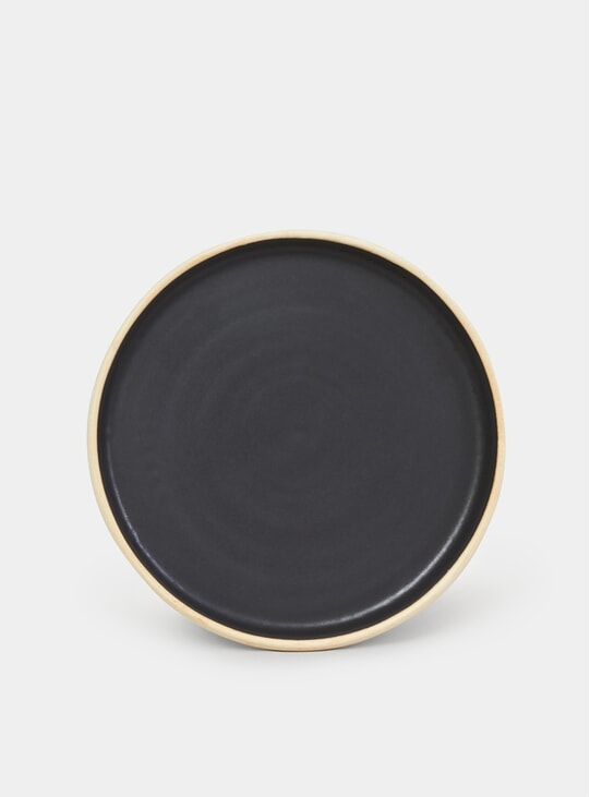 Black Otto Plate Set of 2