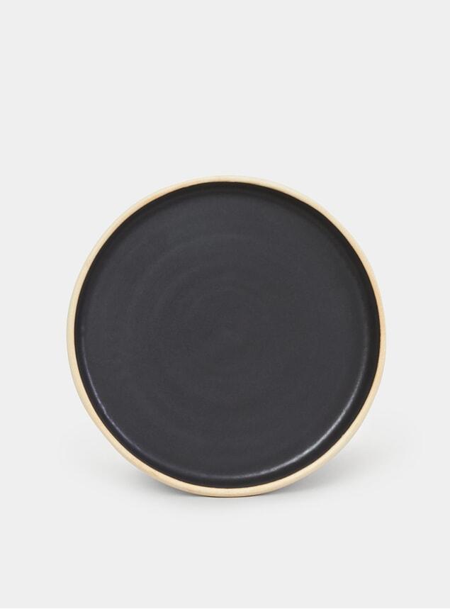 Black Otto Plate Set