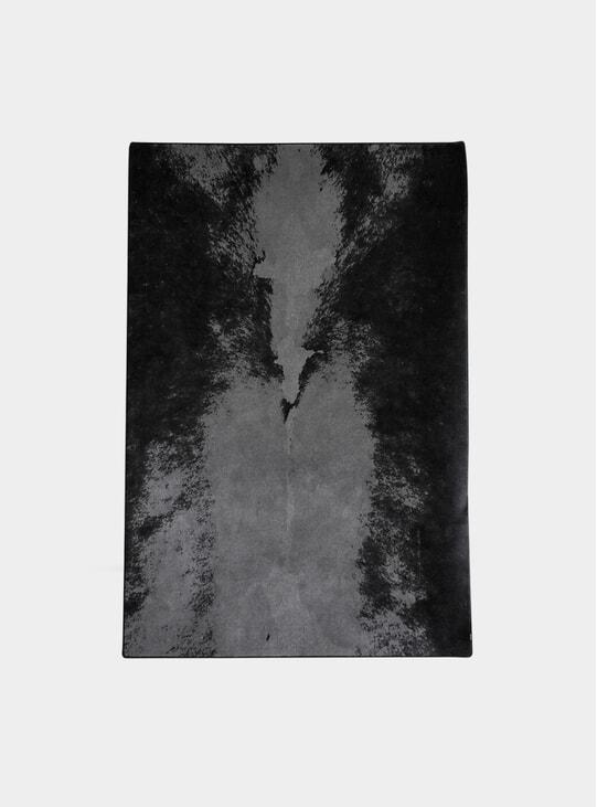 Black / Grey New Zealand Wool Dark Spine Rug