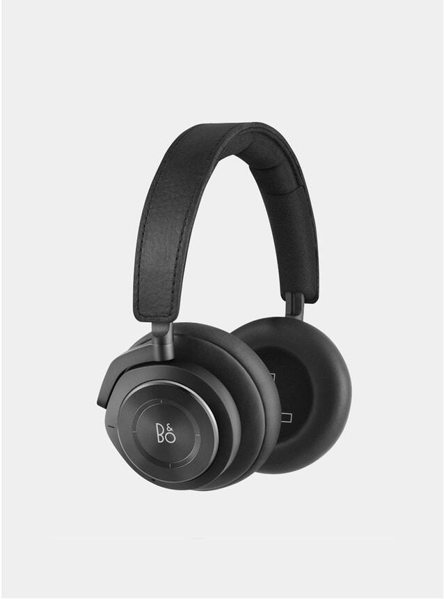Black H9 2.0 Headphones