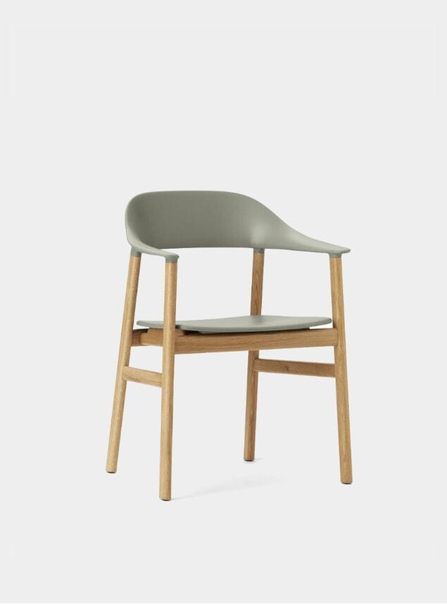 Dusty Green / Oak Herit Armchair