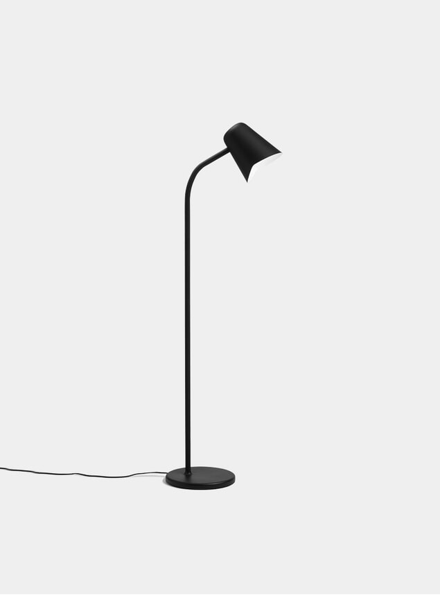 Black Me Floor Lamp