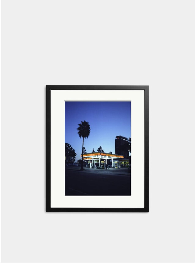 Shell Garage Photograph